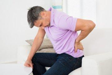 Hátfájás is lehet a prosztatarák tünete
